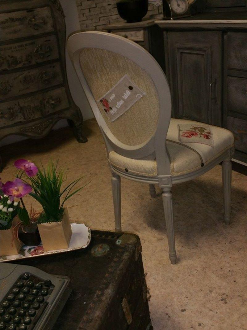 chaise m daillon romantique style centerblog. Black Bedroom Furniture Sets. Home Design Ideas