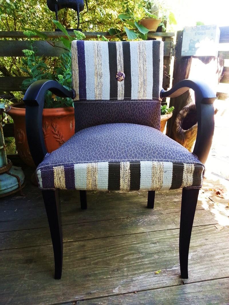 relooker un fauteuil bridge great encore un petit fauteuil bridge relooker qui vas avec le. Black Bedroom Furniture Sets. Home Design Ideas