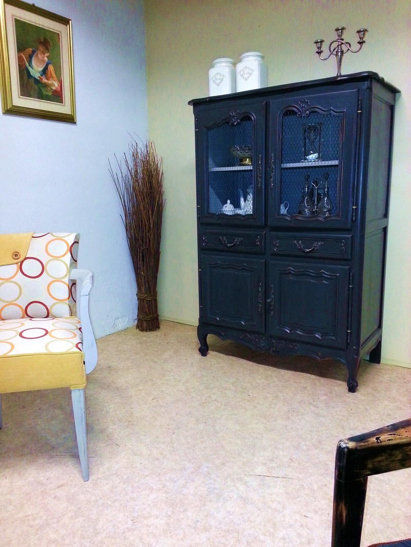 buffet garde manger r gence patin zinc centerblog. Black Bedroom Furniture Sets. Home Design Ideas