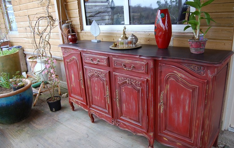 Enfilade Style Louis Xv Rouge Espelette