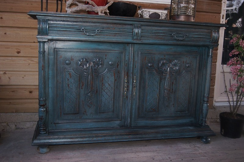 Buffet bas henri ii vert antique for Meuble henri 2 relooke