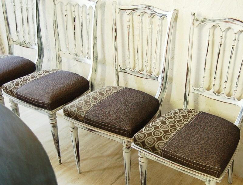 Ensemble table et chaises regency patin es chaise salle a manger regency - Relooker des chaises ...