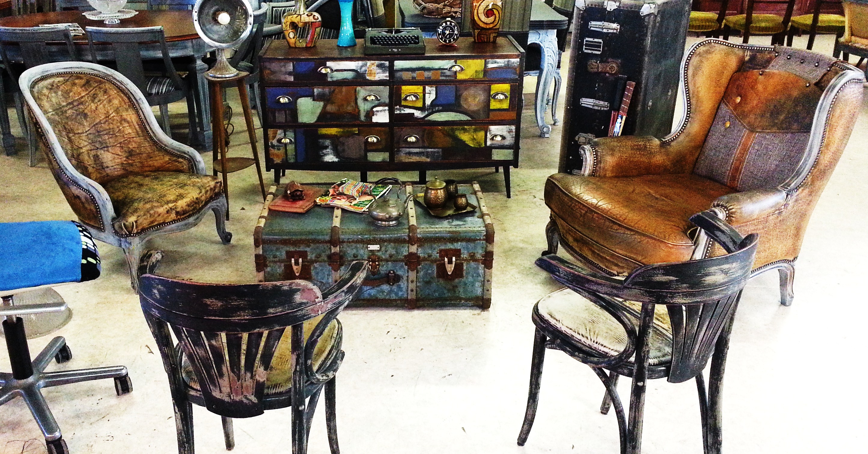 ambiance cuba havane fauteuil louis xv. Black Bedroom Furniture Sets. Home Design Ideas