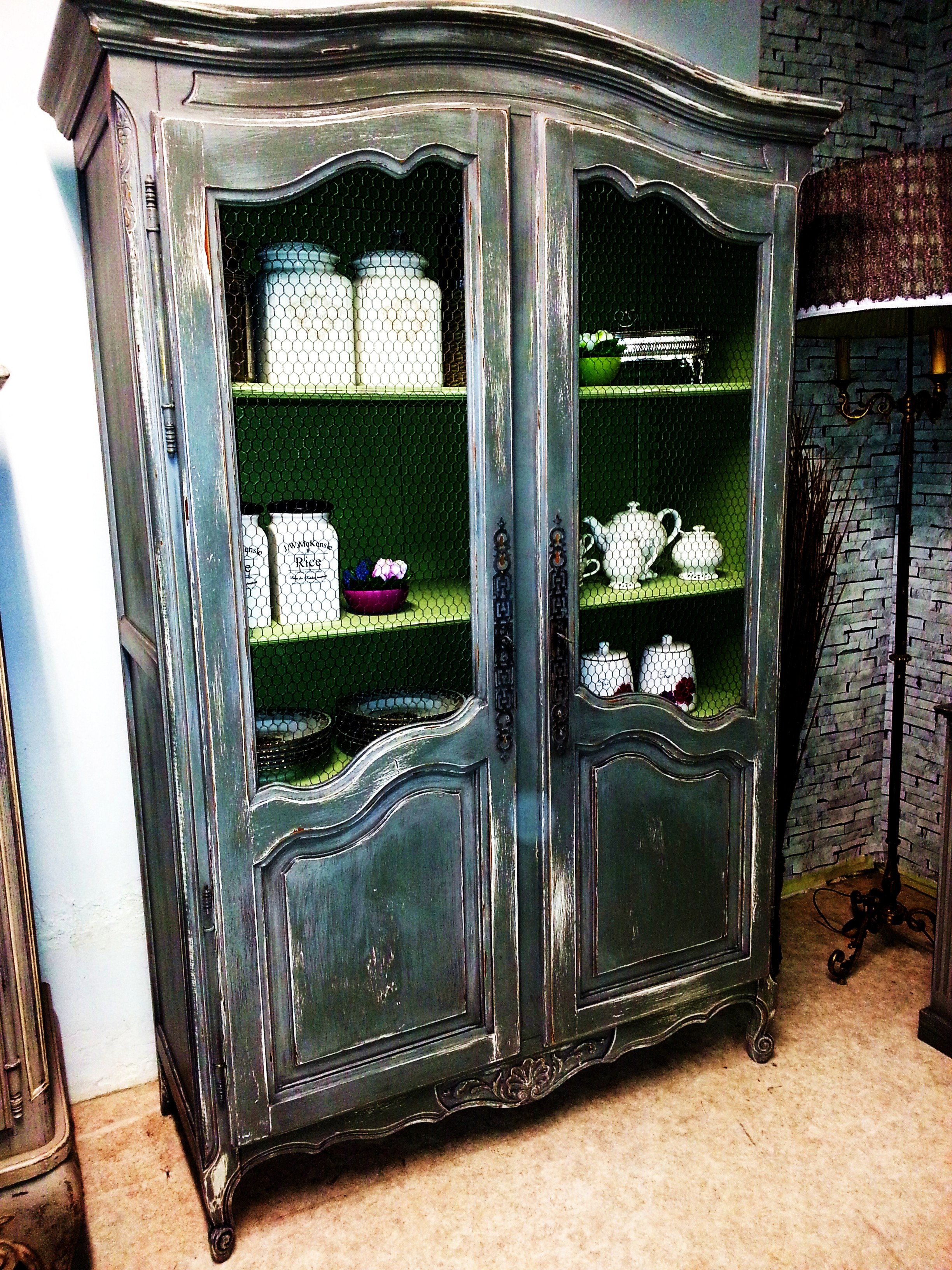 garde manger et cofiturier. Black Bedroom Furniture Sets. Home Design Ideas