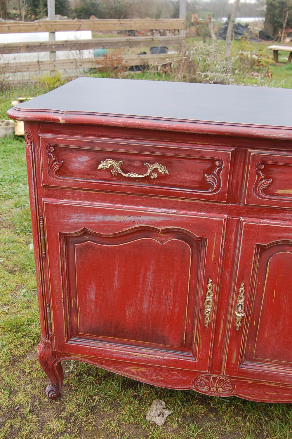 Patine et relooking sans frontiere page 43 - Meuble patine rouge ...