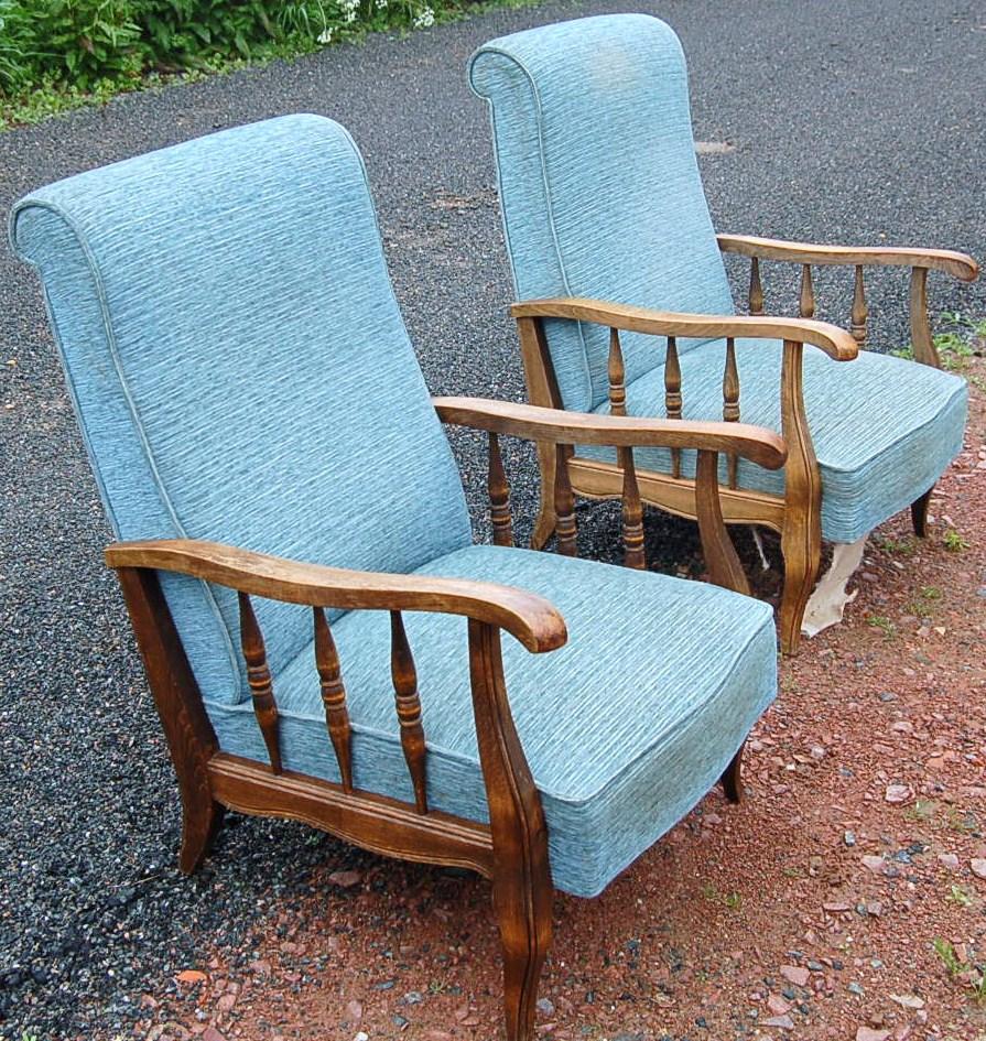 prochainement paire de fauteuils vintage relooker. Black Bedroom Furniture Sets. Home Design Ideas